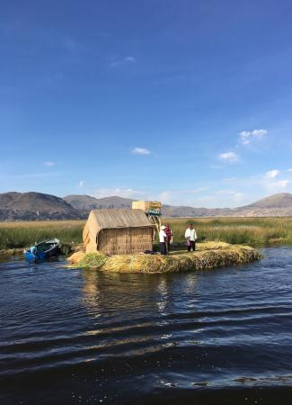 Two Travel The World - The fascinating Uros Floating Islands Of the Lake Titicaca